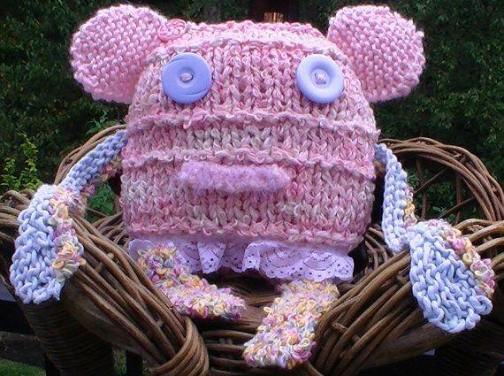 Meet Felicity: Amigurumi Knit Monster Toy Monster Doll Baby by jeanienineandme