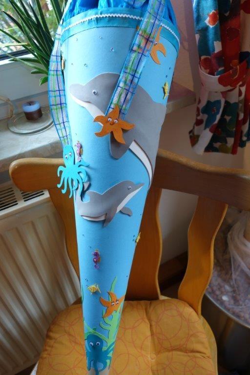 Delfin-Schultüte basteln zur Einschulung und Schulanfang