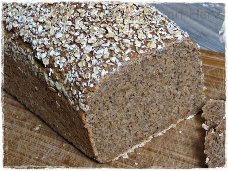 Thermomix - Rezepte mit Herz : 6-Korn-Brot mit Chia Samen und Quinoa