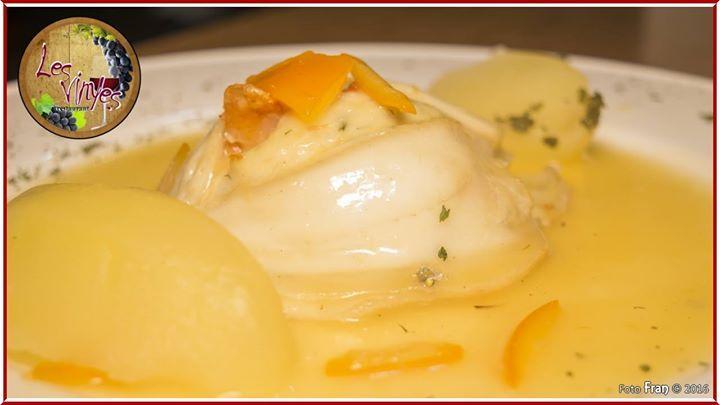 Lenguado relleno de gambas a la salsa de naranja  Ya lo habíamos hecho en popieta con lubina... ahora triunfa a lo grande! ;-)