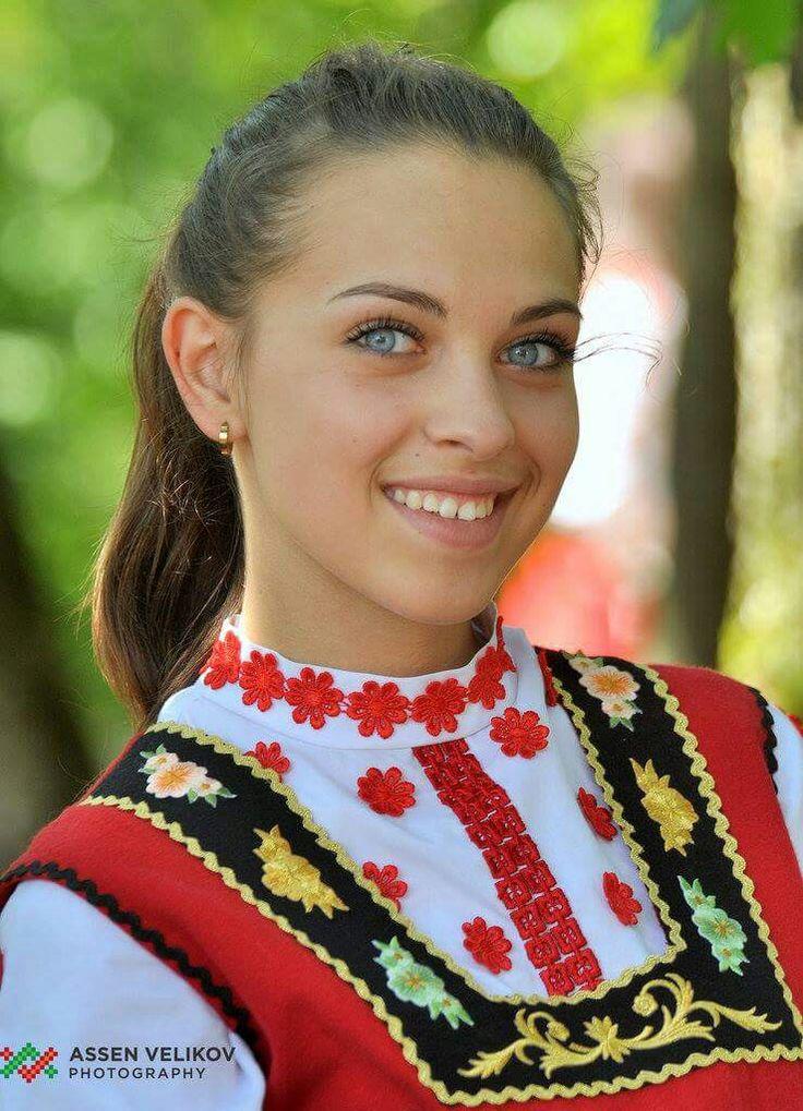 KNAPP The Post-war collection A/W 12/13 on Behance  |Bulgarian Hair Fashion