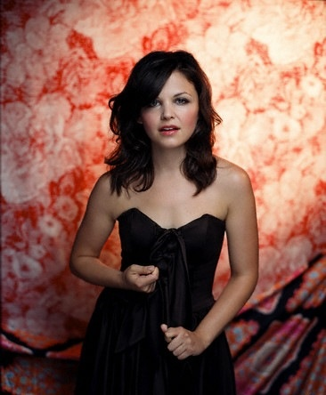 Dear Ginnifer Goodwin, if i could be anyone...i would be you.