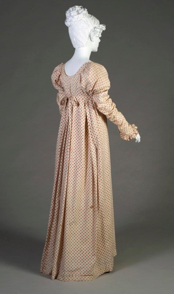 Printed cotton day dress, 1808-1812, England.