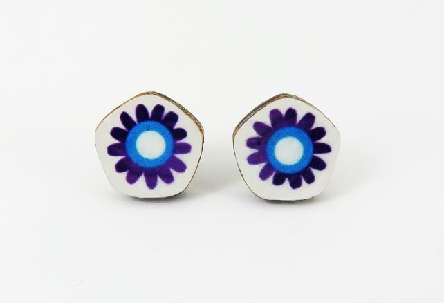 Colourful Daisy Stud Earrings £9.00