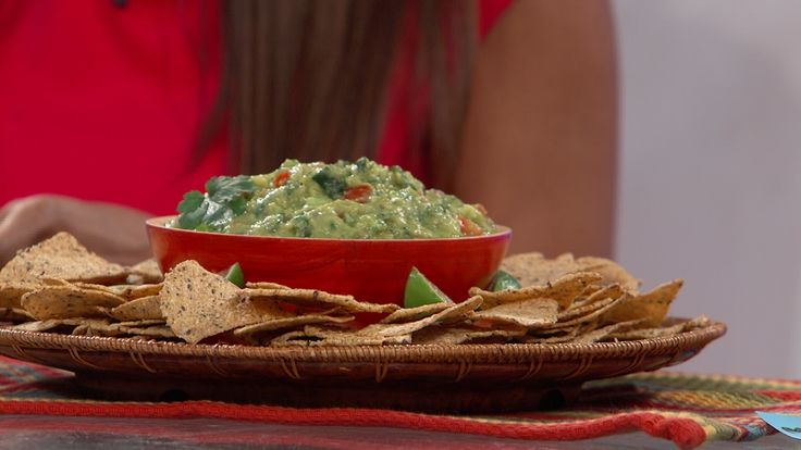 """Zucchini - Guacamole Recipe~ save on calories in Guacamole dip by adding a zucchini with a small avocado~ From Dr Travis' """"The Lose Your Belly Diet"""""""