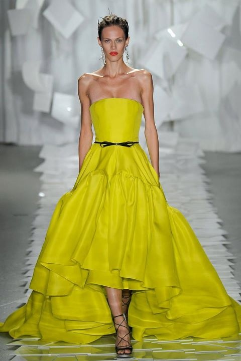 What color compliments yellow dress