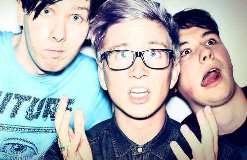 tyler oakley with Danisnotonfire and amazingphil