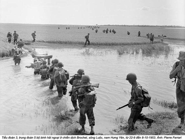 Opération « Brochet » à laquelle prit part le 2e Bataillon Étranger de Parachutistes dans le secteur de Hung-Yen, du 24 septembre au 13 octobre 1953. Elle visait à détruire le régiment Viet Minh 42 et ses bases, stationnés au nord du canal des Bambous. Le 11 octobre, la Légion étrangère française avait perdu 96 hommes (contre 110 victimes confirmées du Viet Minh) et le secteur resta encore sous le contrôle du Viet Minh.