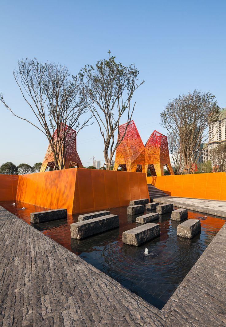 Arquitetura e Paisagem: Pavilhões de metal perfurado se elevam no parque, por Martha Schwartz,© Terrence Zhang
