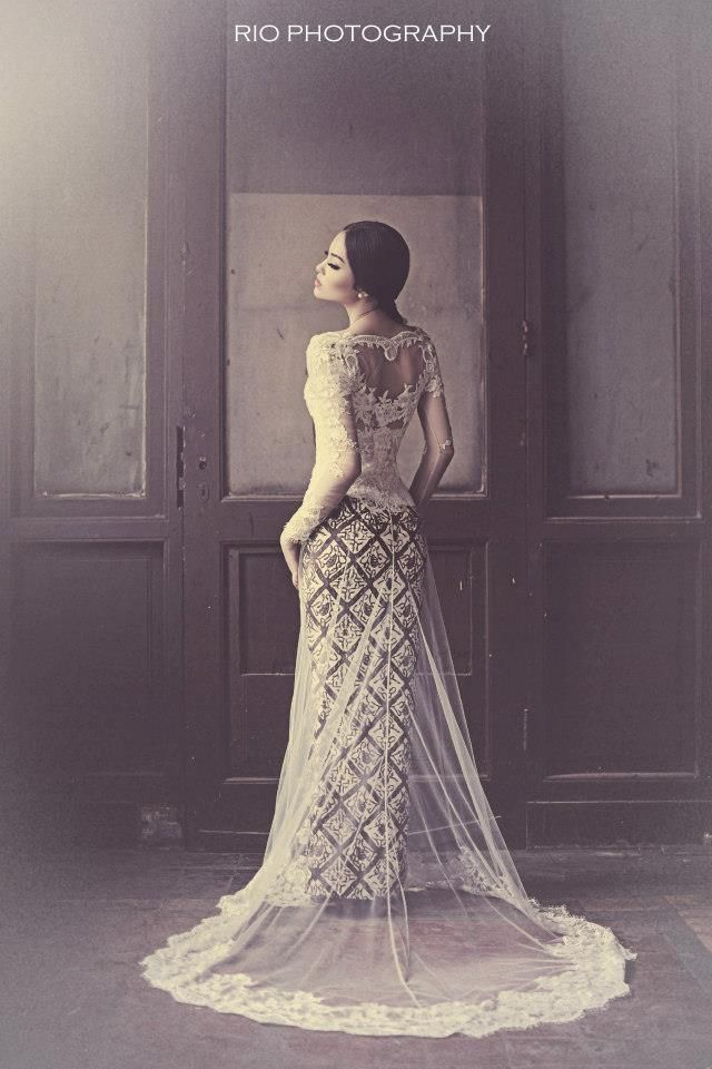 Modern tradional kebaya wedding gown