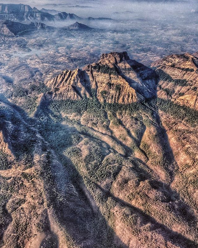 Western Ghats Also Known As Sahyadri Meaning The Benevolent Mountains Stretches For Nearly1600 Km Parallel To Western Ghats Western Coast World Heritage Sites
