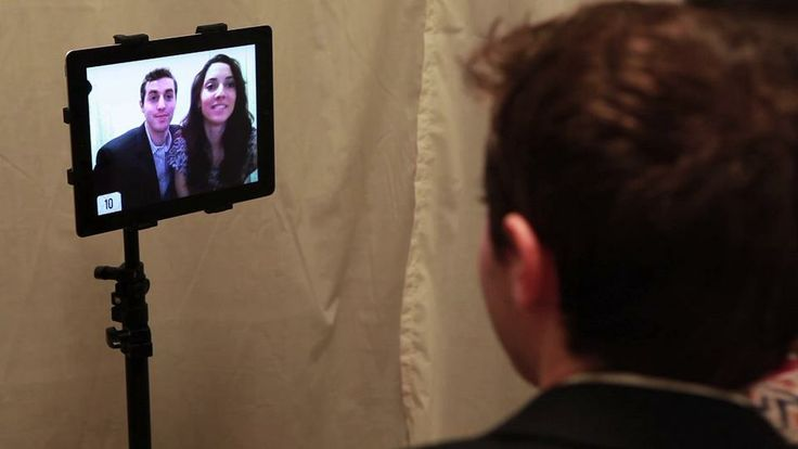Make your own wedding photo booth with an iPad and the Wedding Booth App