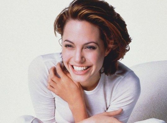 Angelina Jolie Hair Styles: 81 Best Images About 90s Angelina Jolie On Pinterest