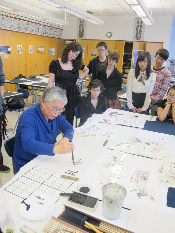 Learn how to create your own Korean letters or poems using calligraphy