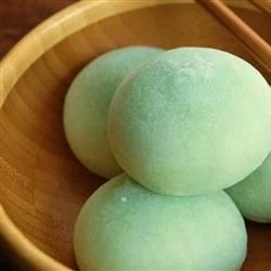 Easy Mochi Recipe - Japanese recipe for dessert - you can also fill with balls of green tea ice cream (then freeze) or fresh sliced strawberries (for strawberries omit green food coloring and powdered green tea and sub a tiny dot or red food coloring) - Allrecipes.com