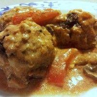 Keftedes in romige tomatensaus : Recepten van Domy