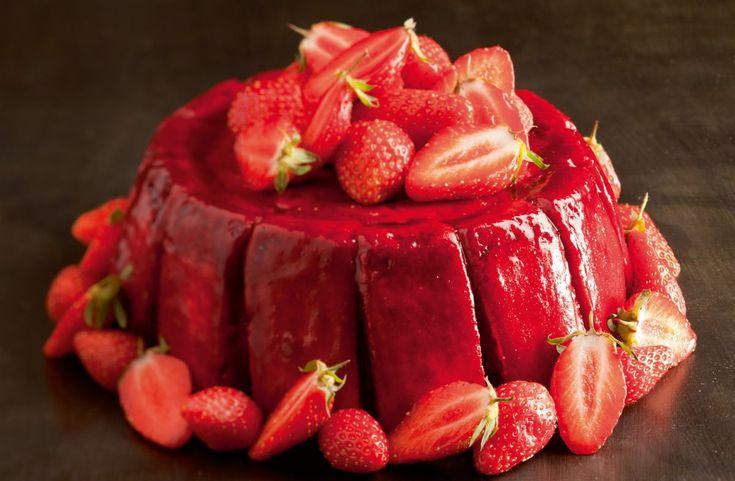 Charlotte aux fraises par l'Ecole de Cuisine Alain Ducasse