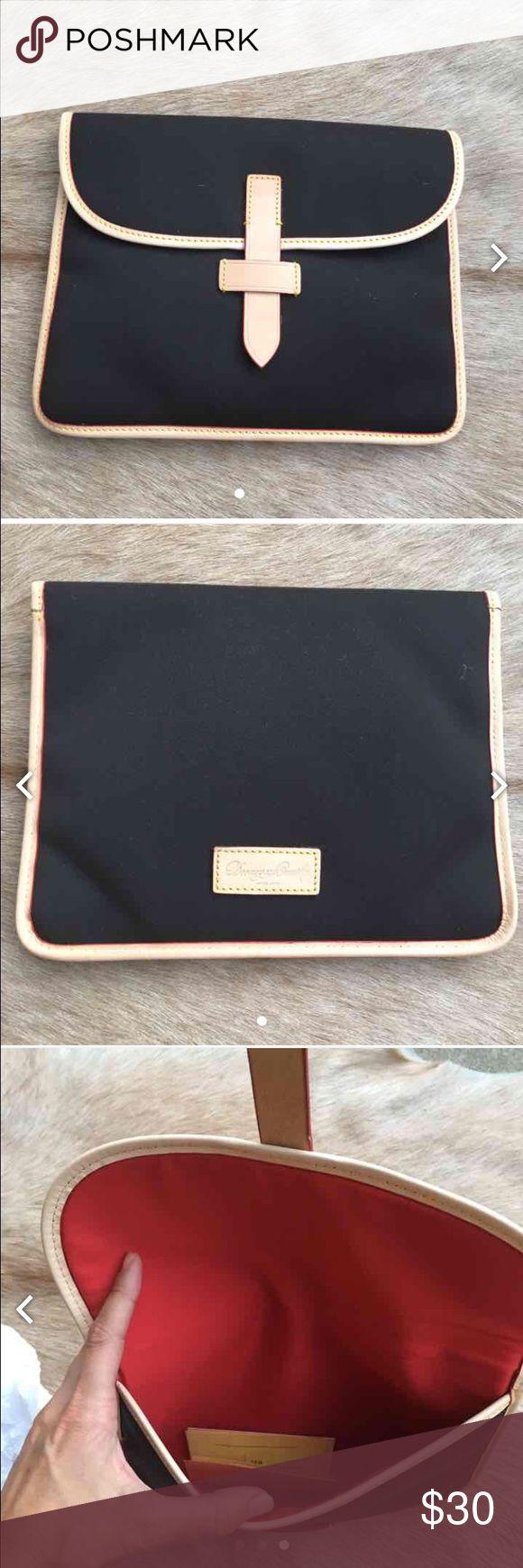 Dooney & Bourke IPad Carrying Case Dooney & Bourke IPad Carrying Case Dooney & Bourke Accessories Tablet Cases