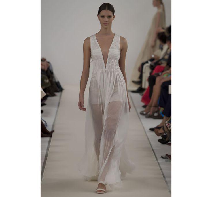 Valentino c l bre le blanc new york couture haute for Hors des robes de mariage rack new york