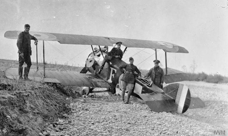 Para la primavera de 1917, en plena Primera Guerra Mundial, la esperanza de vida de los pilotos británicos fue puesta en ocho días.