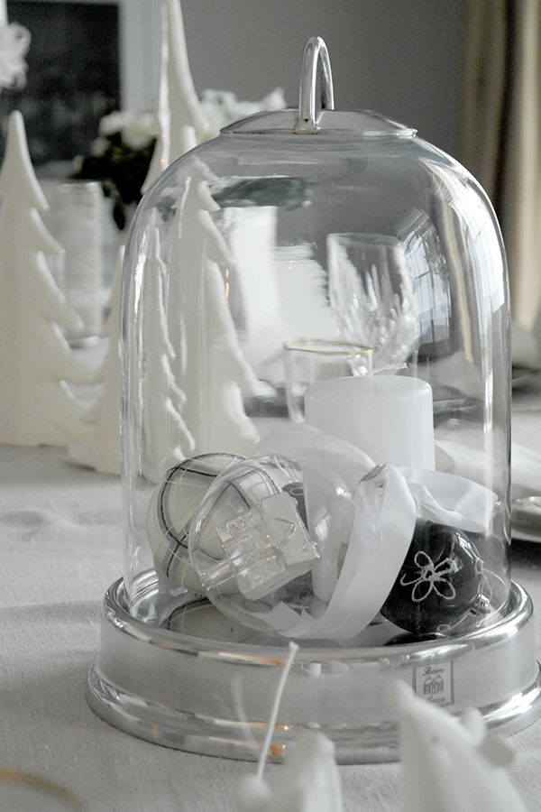 Anette Willemine: Gledelig Jul!  Marry Christmas!  This year table setting.