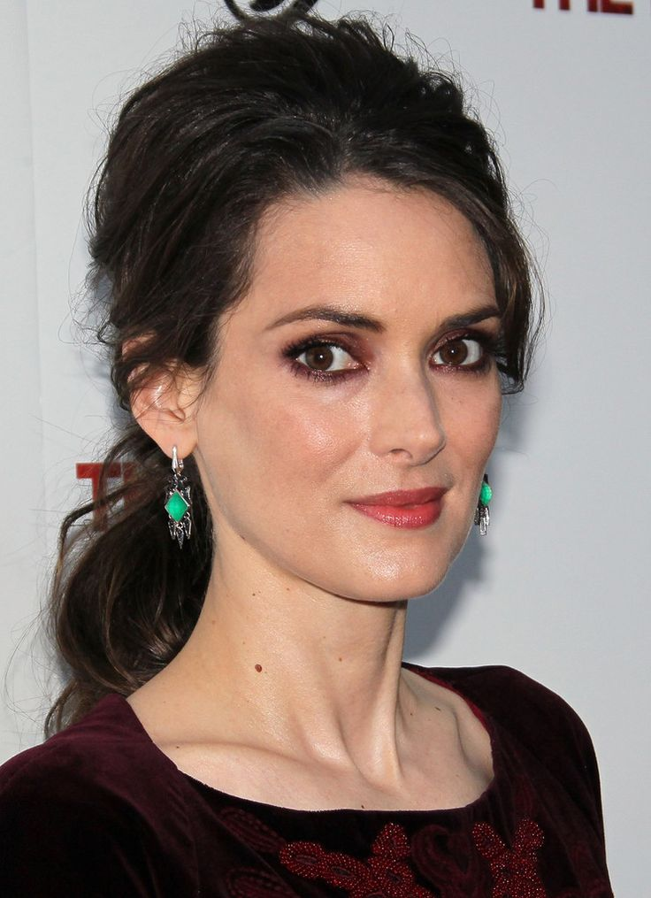 Winona Ryder Photos Ph...