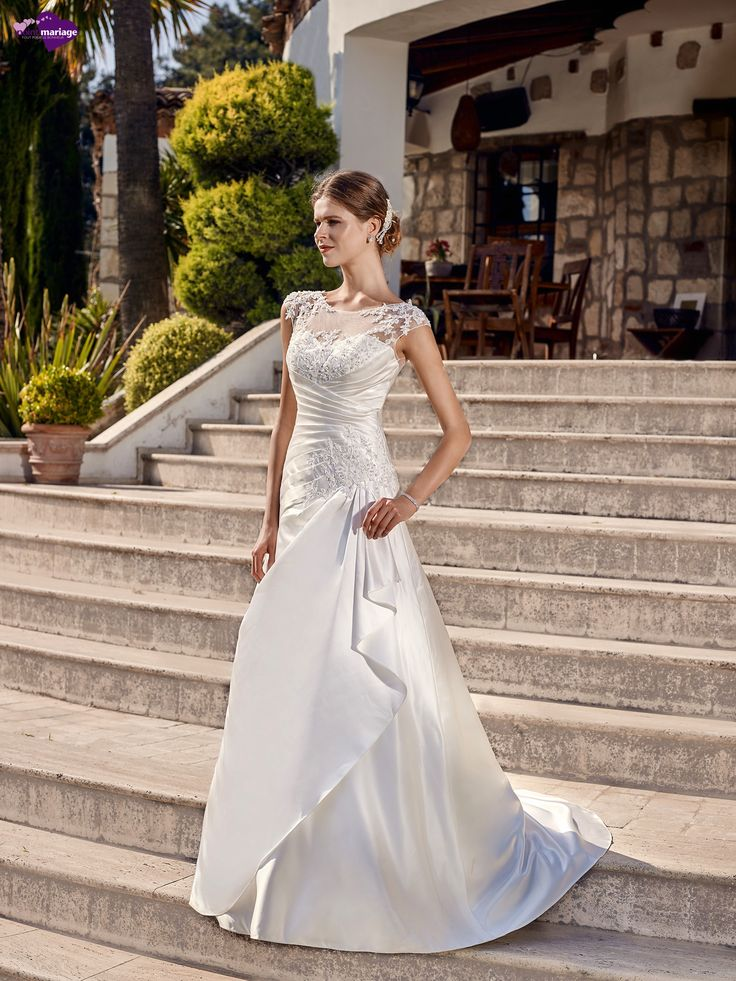 46 best Robe de Mariée Point Mariage 2016 images on Pinterest