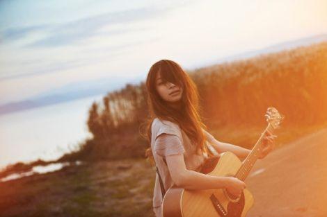 Singer-songwriter Katahira Rina to make a major debut