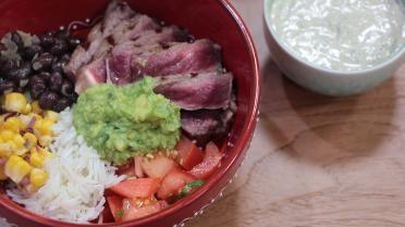 Sofie Dumont: Mexicaanse burrito bowl. Zonder het vlees is gezond.
