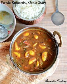 Poondu Kuzhambu ( Garlic Gravy )