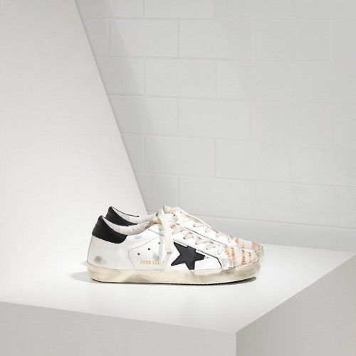 GGDB Super Star Sneakers Dans Leather Avec Leather Star G29WS590F16 - Golden Goose Femme Sneakers Soldes