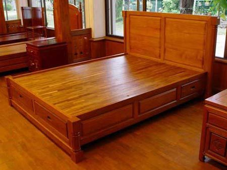 Beautiful platform bed with storage draws