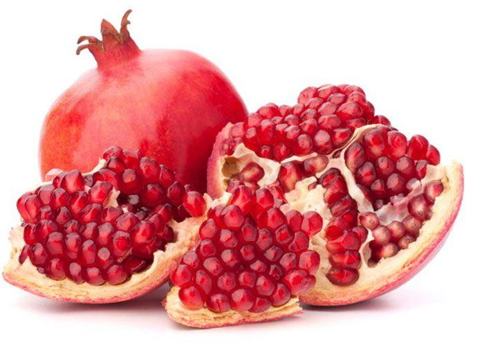 تعرف على فوائد قشر الرمان منها خفض السكر ومنع تساقط الشعر وتحسين صحة الجهاز الهضمي والمعدة Nutrition Raw Food Diet Healthy Food Choices