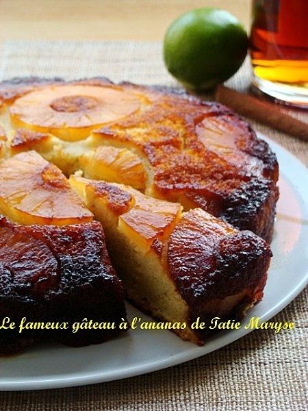 Cuisine antillaise - le gâteau à l'ananas antillais. Avec la canne à sucre et la banane, l'ananas est une des productions phare de la Martinique. On le consomme en jus frais, en salade de fruits et en gâteaux.