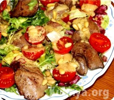 Салат с печенью и капустой