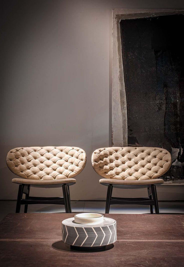 https://i.pinimg.com/736x/f9/ce/bc/f9cebc0bbc3763e7b8394a2de5337a13--arm-chairs-lounge-chairs.jpg