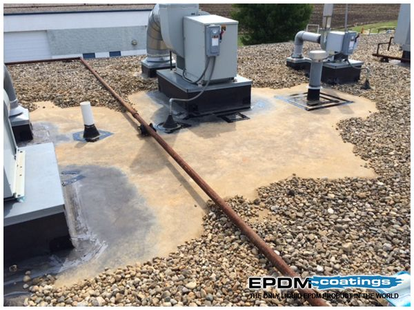 Epdm Rubber Extends The Lifetime Of Roof Systems Epdmrubber Epdmrubberroofing Http Epdmrubbe Rubber Roof Coating Leaking Roof Roof Leak Repair