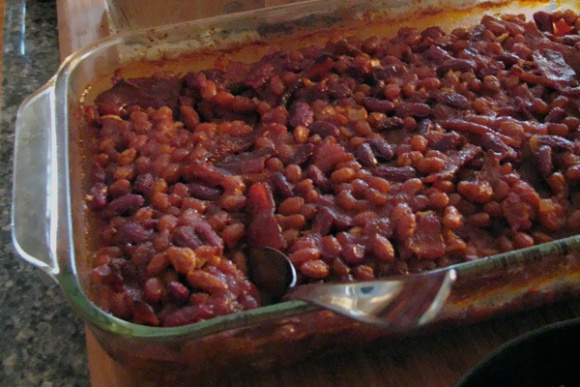 mom s baked beans best ever bacon and legs more mom s baked holidays ...