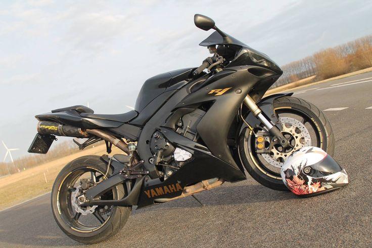 Yamaha R1 2004 aangeboden in de Facebookgroep https://www.facebook.com/groups/motorentekoopmt/permalink/740983719409683/?sale_post_id=740983719409683 #yamaha #yamahar1 #motortreffer #motorentekoopmt #motoroccasion #motoroccasions #motorverkoop #motoren #motorverkopen #motorinkoop #motorzoeken #motorenzoeken #motorzoeker #motorexport #motorimport #motorinkopen #toermotoren #racemotoren #circuitmotoren