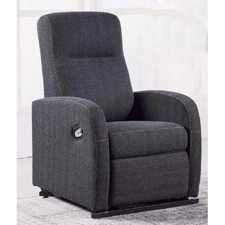 Si estas buscando un Sillón Relax para una persona mayor este sillón es perfecto ya que tiene un mecanismo elevable además de muy cómodo. Está disponible en dos colores: piel sintético marrón chocolate y tapizado en color gris marengo.