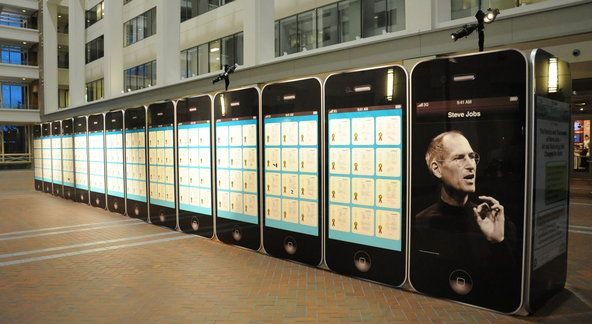 The United States Patent and Trademark Office in Alexandria, Va., recently unveiled an exhibit of 30 giant iPhone-like models honoring the inventions of the late Steve Jobs.