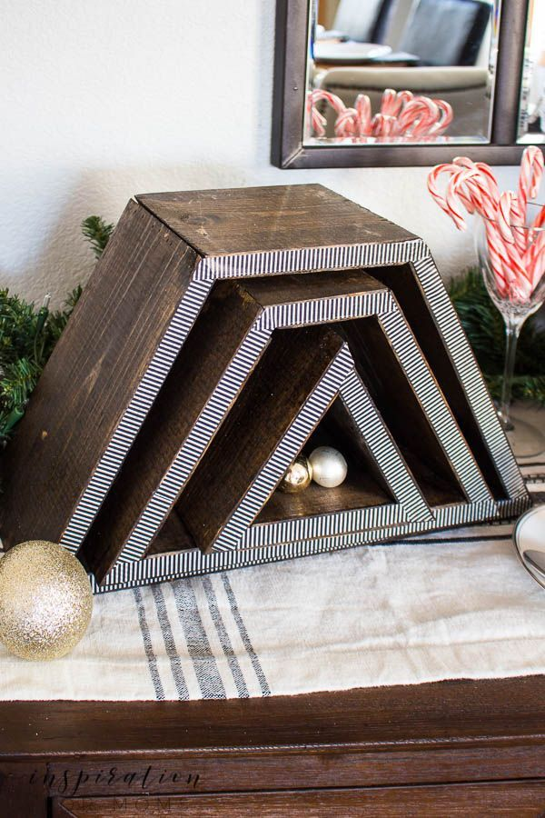 Create a super festive holiday cocoa bar with this DIY stackable Christmas Tree Shelf!