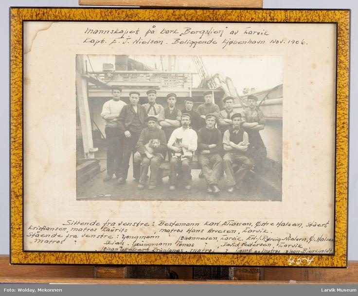 Larvik Museum - mannskap på bark Bergslien 1906