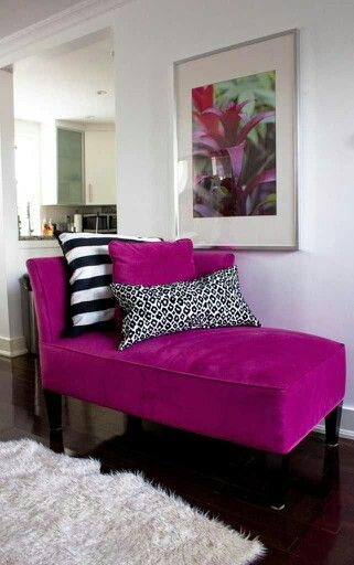 Love this magenta chaise !