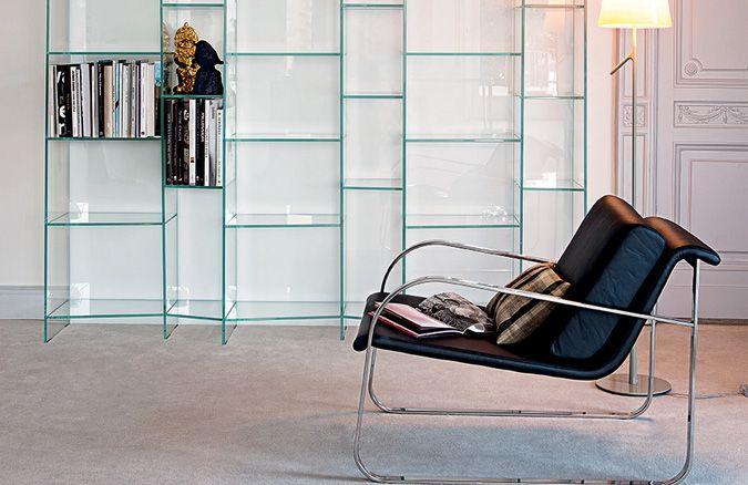 Bugatti armchair and Delphi bookcase: the elegance meets design