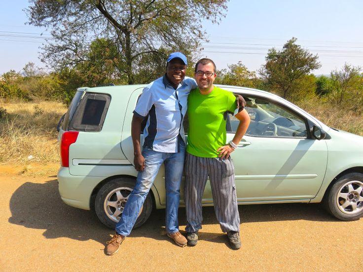 """Quando aterrámos em Victoria Falls, no Zimbábue, tínhamos um roteiro pré-estabelecido, que pretendíamos seguir. Na nossa ideia estava percorrer parte da África Oriental, entre as Cataratas de Vitória e Zanzibar, na Tanzânia,tentando, dentro do possível, ver alguns dos lugares mais emblemáticos.O mote seria """"a escravatura"""" e por isso decidimos designar esta nossa viagem por """"Rota …"""