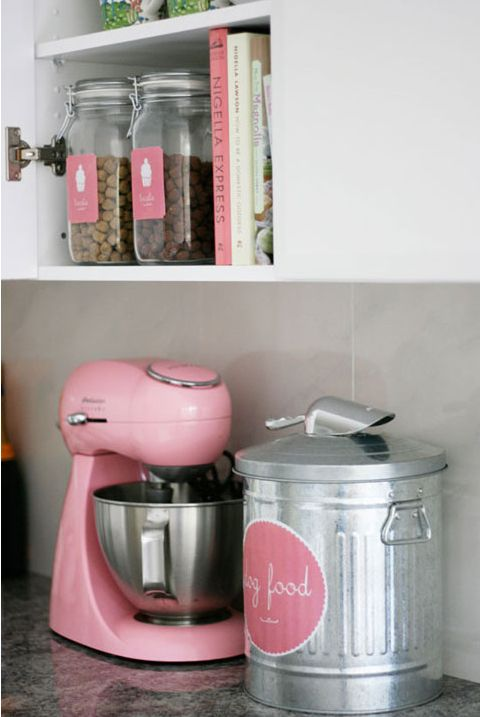 best 25 dog food bin ideas on pinterest wood crafts furniture diy projects with wood and. Black Bedroom Furniture Sets. Home Design Ideas