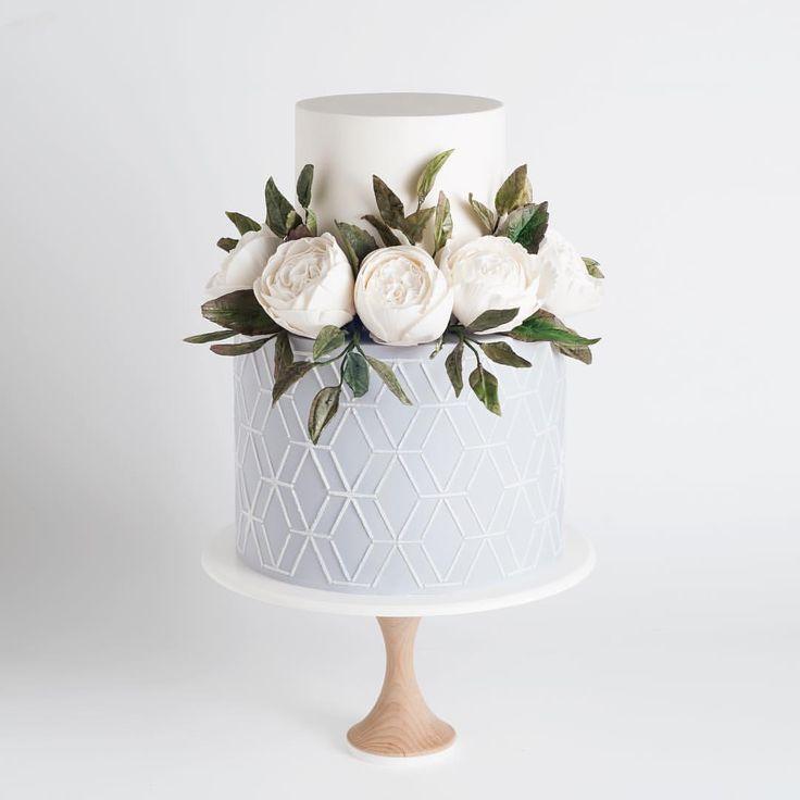 Simple geometric cake