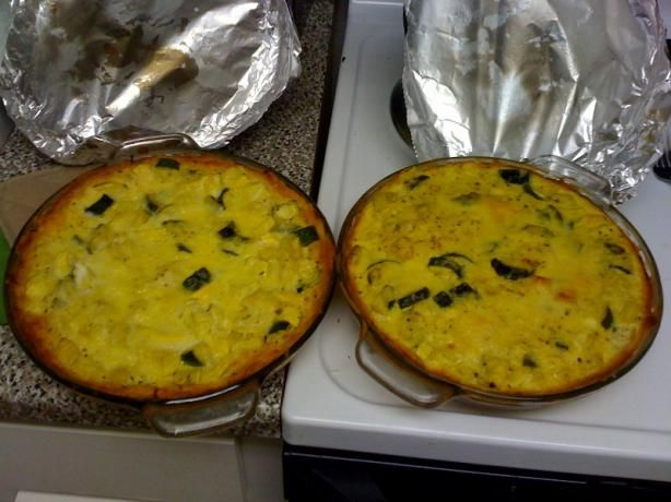 Yellow or Zucchini Squash Pie. A way to use up all the squash and zucchini that I have in the fridge.