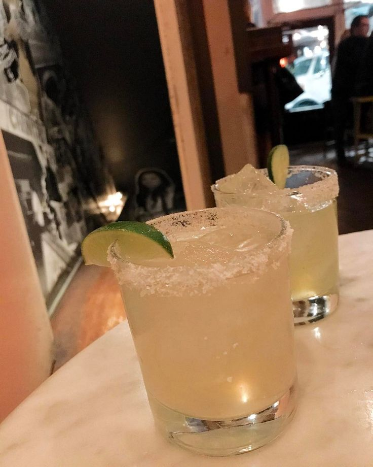 Today's #margaritaoftheday is from us: @johnlyonsphoto and @luuluulovespink at @la_carnita in #toronto -- #margaritatime #cocktail #foodstagram #instacocktail #margarita #thesaltedrim #tequila